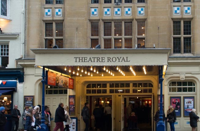Things to do in Windsor   Theatre Royal